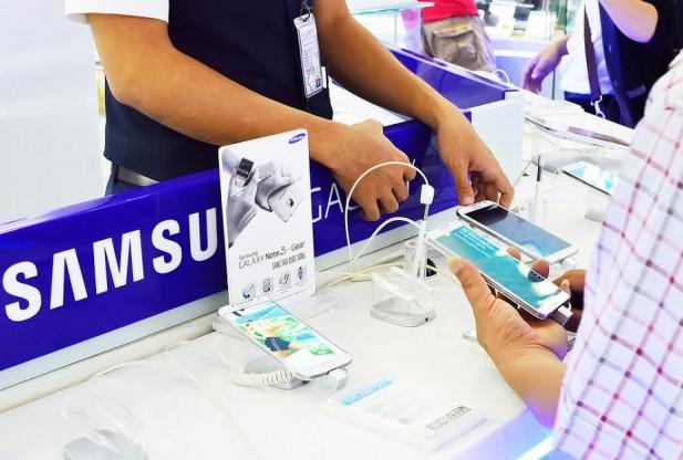 SAMSUNG AKILLI TELEFONLARDA 4GB RAM OLACAK